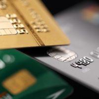 Кредитные карты без годового обслуживания и льготным периодом: рейтинг лучших